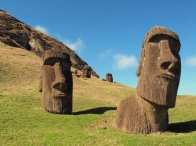 Estátuas de Moais na Ilha de Páscoa (2)