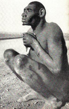 Homem de Neandertal fotografado na África pelo Prof. Marcel Homet